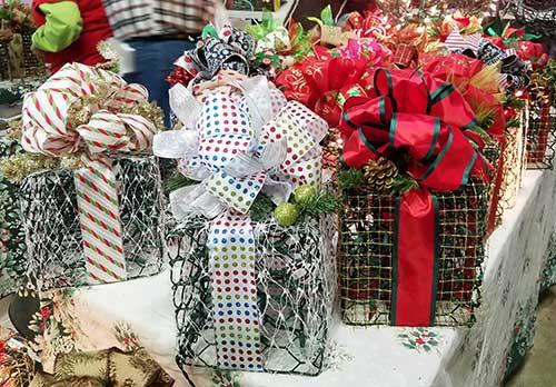 Wonderful Day at the Coastal Carolina Christmas Arts Crafts and Gifts Show Crab Pot Designs Booth